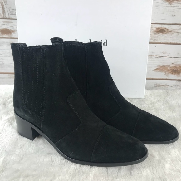 307be62e1b72 Charles David Holland suede booties (bin2620)